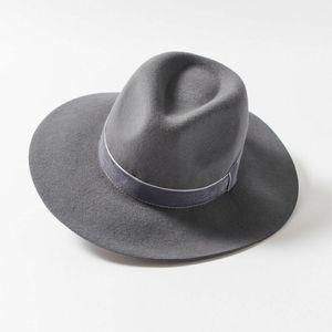 NWT UO   panama flat brim fedora 100% wool hat